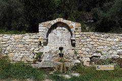 APOKORONAS-014-014